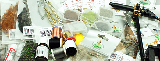 Dragon Tail Pike Streamer  - Complete Tying Kit -...